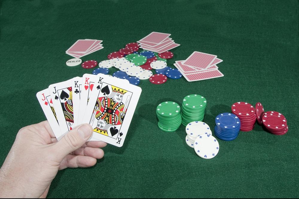 Как выбрать казино с игрой на деньги в Украине